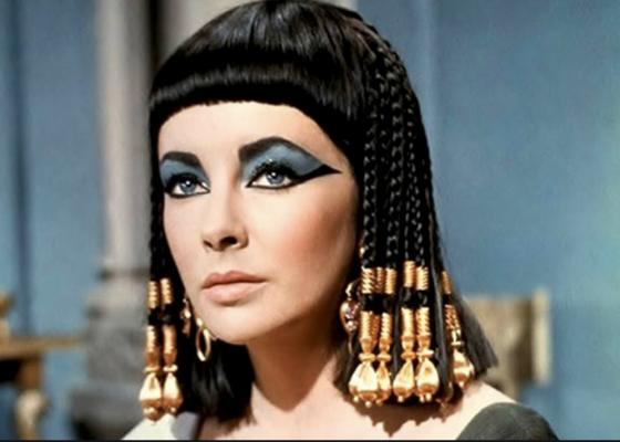 Elisabeth Taylor dans Cléopatre - film de 1963